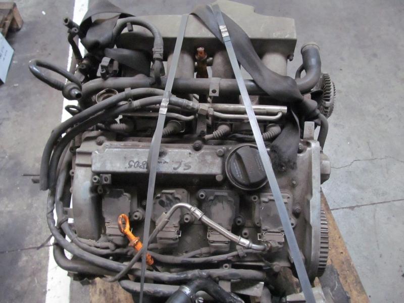 Motor fara anexe - Audi A6 din piese  dezmembrari auto - Poza 2