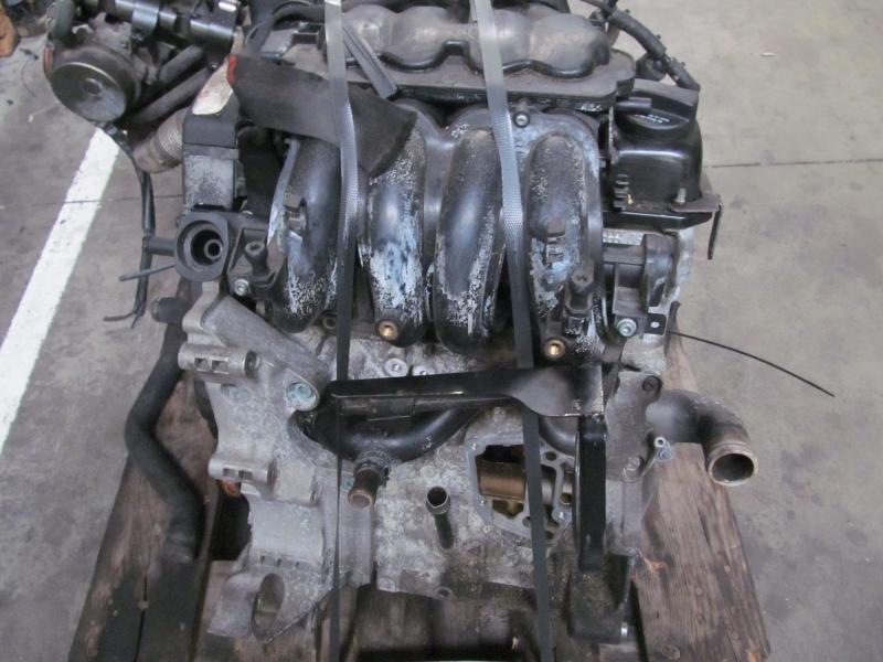 Motor fara anexe - Volkswagen Bora din piese  dezmembrari auto - Poza 2