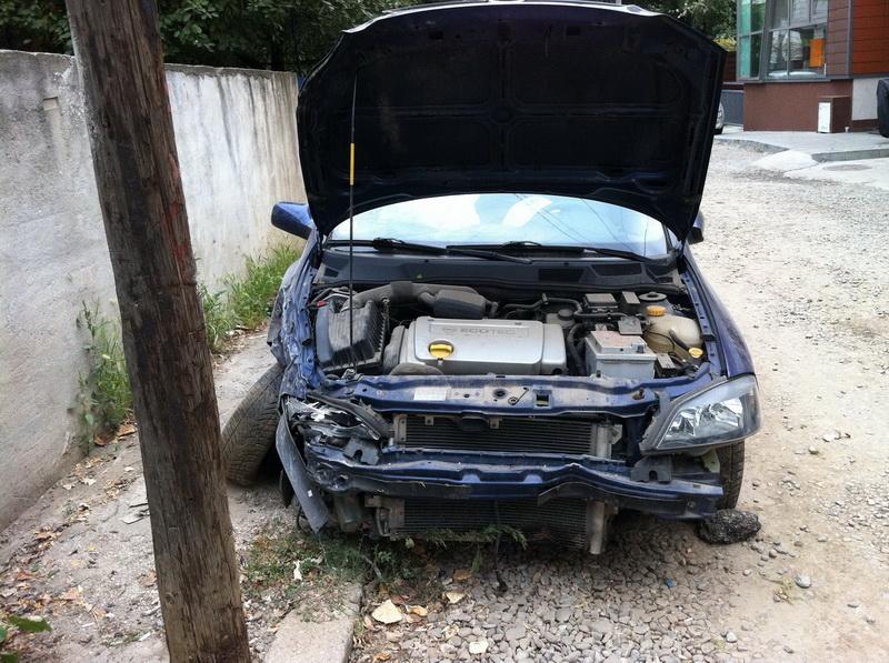 Opel Astra-G avariat 2003 Benzina Berlina - 03 Septembrie 2011 - Poza 1