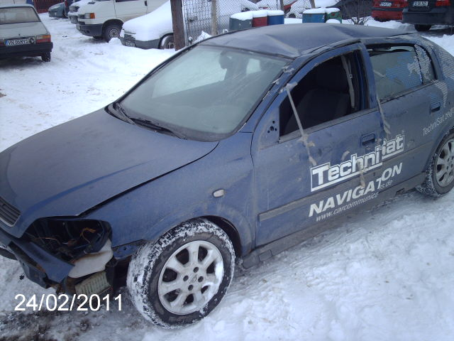 Opel Astra-G avariat 2004 Diesel Hatchback - 24 Februarie 2011 - Poza 1