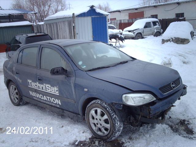 Opel Astra-G avariat 2004 Diesel Hatchback - 24 Februarie 2011 - Poza 4