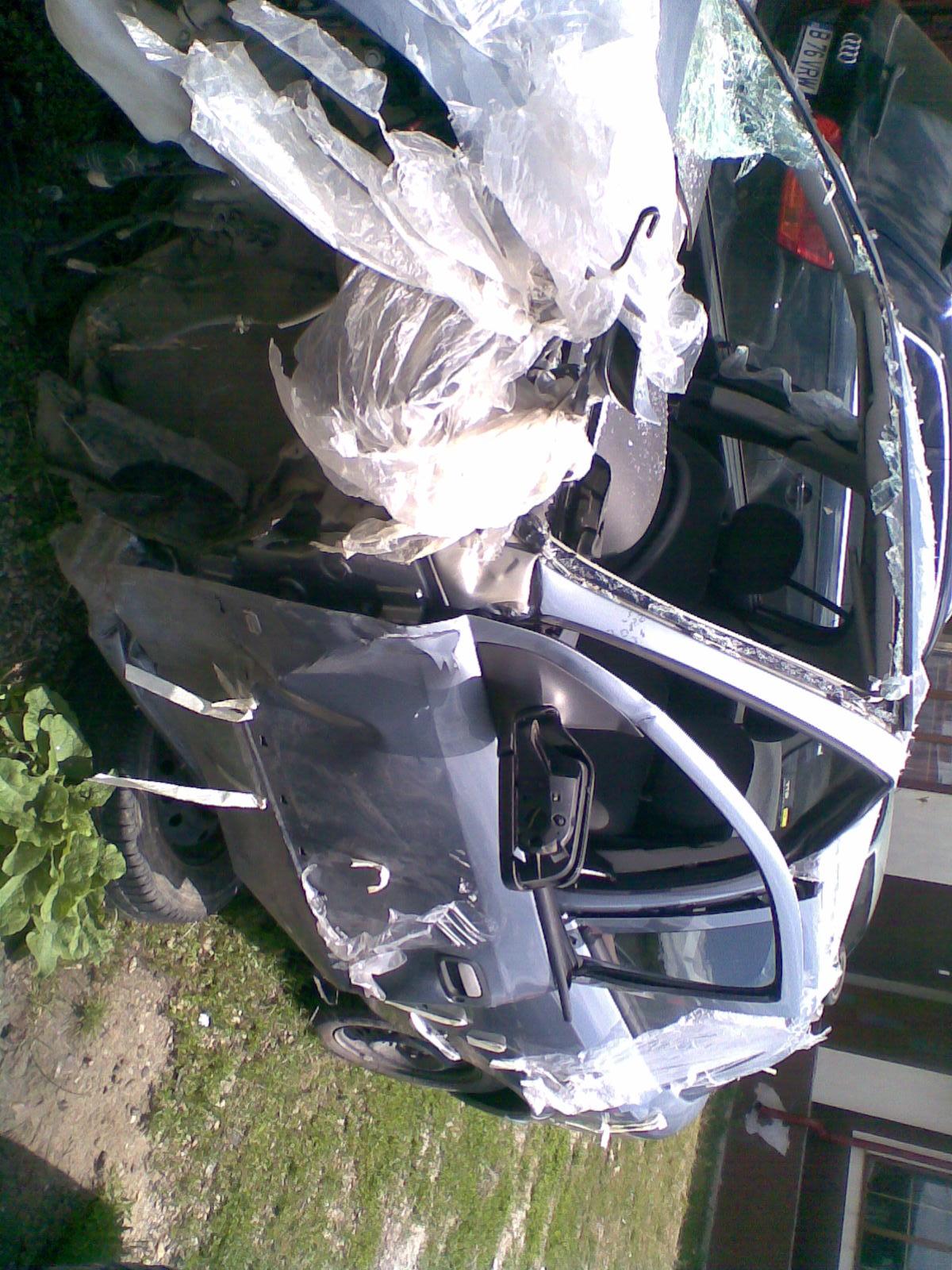 Opel Astra-G avariat 2006 Benzina Hatchback - 05 Iunie 2013 - Poza 2