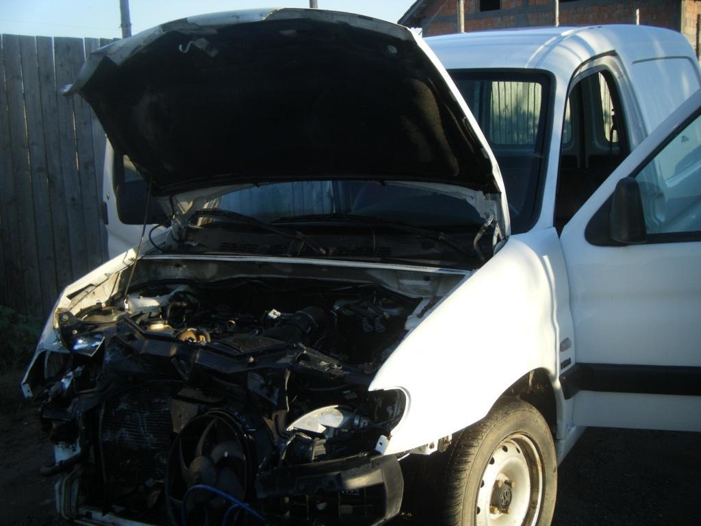 Peugeot Partner avariat 2001 Diesel VAN - 19 Iulie 2011 - Poza 2
