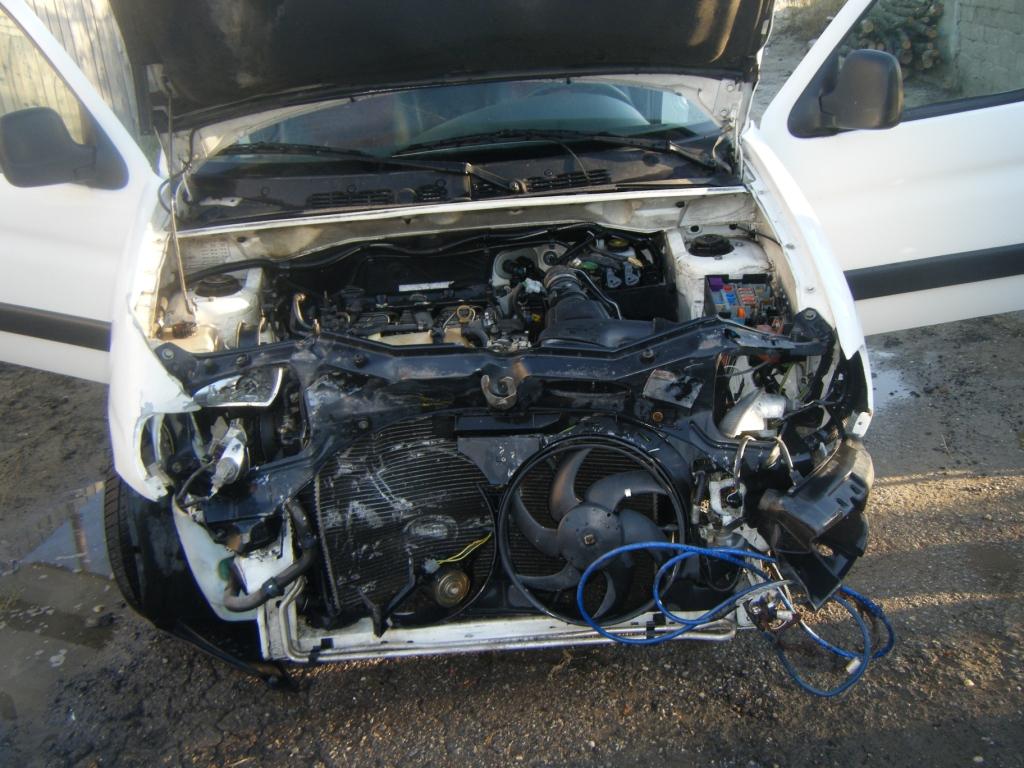 Peugeot Partner avariat 2001 Diesel VAN - 19 Iulie 2011 - Poza 1