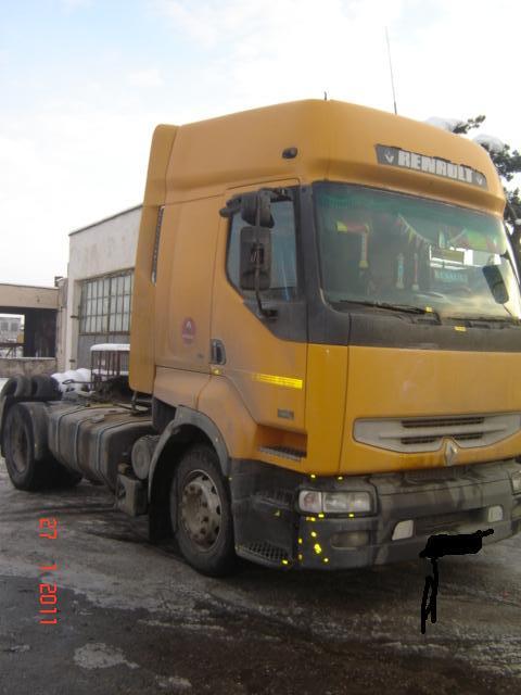 Renault Premium-I avariat 2001 Diesel Autotractor - 22 Februarie 2011 - Poza 1