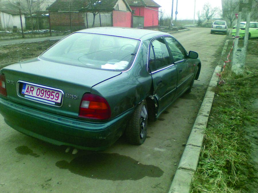 Rover 620 avariat 1995 Diesel Berlina - 17 Februarie 2011 - Poza 4