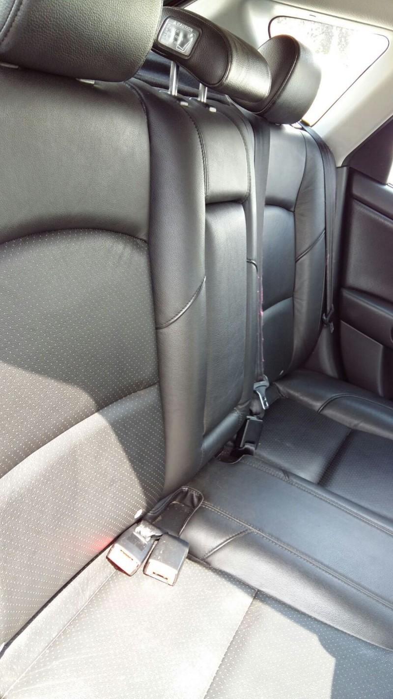 Scaun Sofer - Mazda 3 din piese  dezmembrari auto - Poza 1