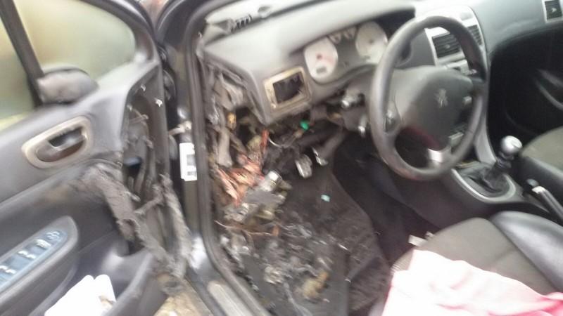 Vand Peugeot 307 avariat - Poza 3