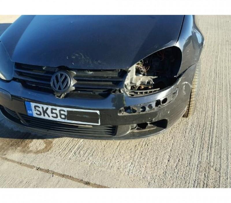 Vand Volkswagen Golf-V avariat - Poza 3