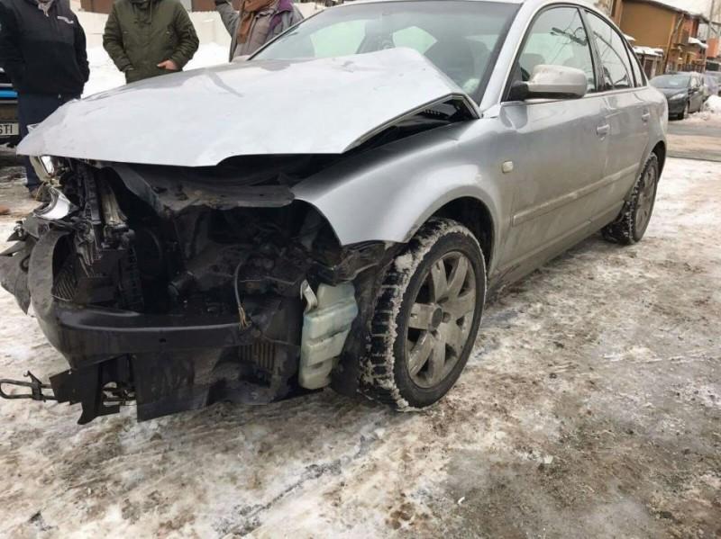 Vand Volkswagen Passat avariat - Poza 4