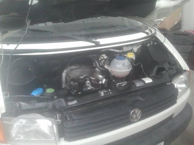 Vand Volkswagen Transporter avariat - Poza 3
