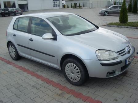 Volkswagen Golf-V avariat 2005 Benzina Berlina - 10 Iulie 2011 - Poza 3
