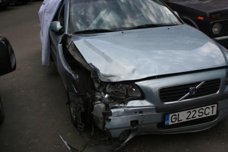 Volvo S60 avariat 2002 Benzina Berlina - 01 Iunie 2011 - Poza 5
