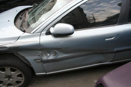 Volvo S60 avariat 2002 Benzina Berlina - 01 Iunie 2011 - Poza 2