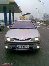 Dezmembrez Renault Laguna-I 1999 Benzina Berlina - 01 Martie 2011