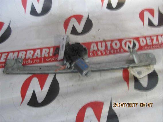 MOTORAS MACARA DREAPTA FATA Dacia Logan benzina 2007 - Poza 1