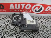 MOTORAS MACARA STANGA FATA Renault Clio-III diesel 2010