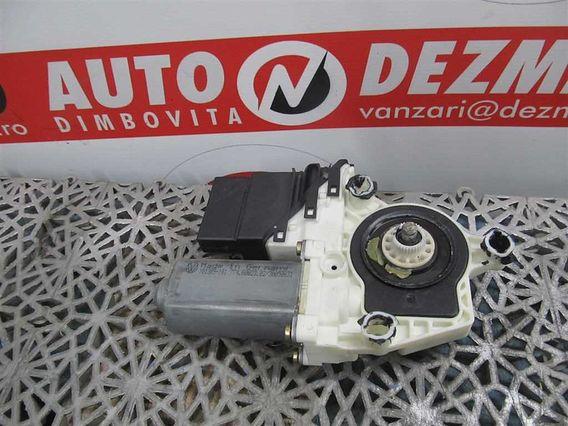 MOTORAS MACARA STANGA SPATE Volkswagen Bora diesel 2001 - Poza 1
