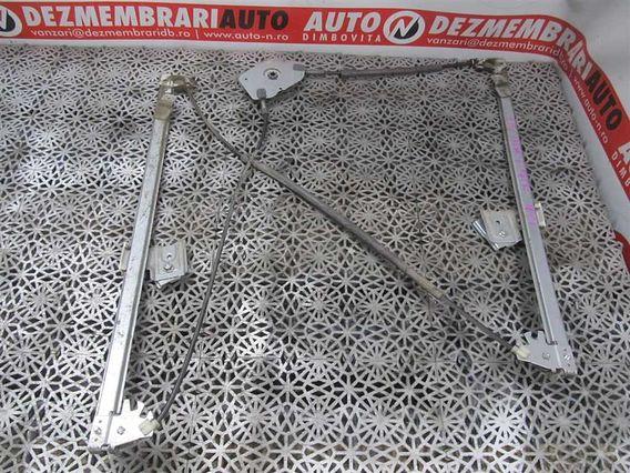 MACARA ELECTRICA USA DREAPTA FATA Mercedes Vito diesel 2006 - Poza 1