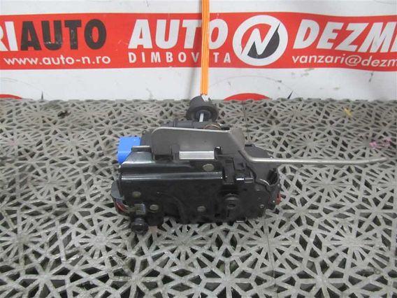 MECANISM INCHIDERE USA STANGA FATA Audi A3 diesel 2005 - Poza 1