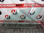 GEAM STANGA FATA Volkswagen Polo benzina 2003