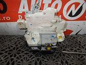 MECANISM INCHIDERE USA STANGA FATA Audi A4 diesel 2007