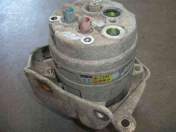 COMPRESOR  AC Daewoo Espero benzina 1997 - Poza 1