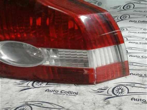 STOP DREAPTA Volvo V50 2009 - Poza 2