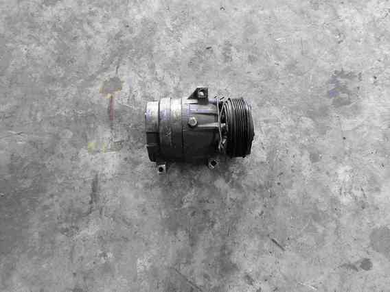 COMPRESOR  AC Renault Master diesel 2002 - Poza 1