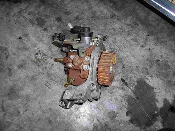 POMPA INJECTIE/INALTE Mazda 3 diesel 2006 - Poza 1