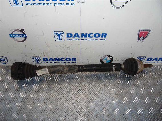 PLANETARA DREAPTA FATA  Volkswagen Golf-IV benzina 2002 - Poza 1