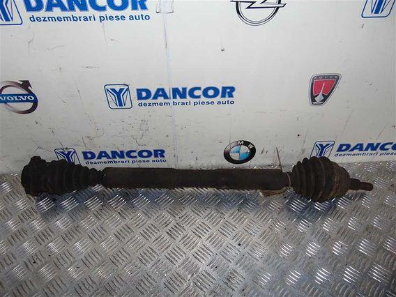 PLANETARA DREAPTA FATA  Volkswagen Golf-IV benzina 2003 - Poza 1