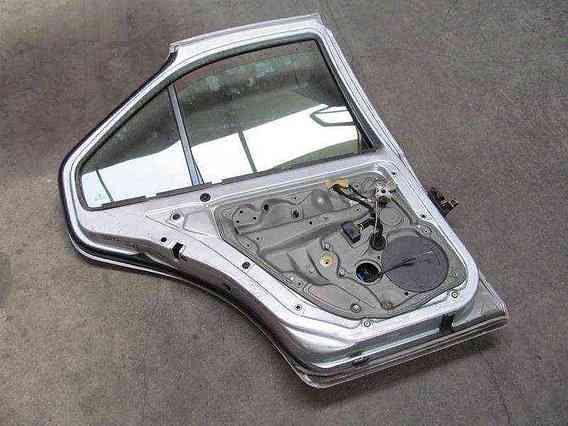 USA STANGA SPATE Volkswagen Bora 2004 - Poza 2