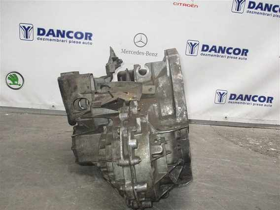 CUTIE VITEZA Renault Espace diesel 2002 - Poza 4