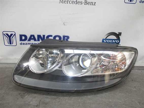 FAR STANGA Hyundai Santa-Fe diesel 2007 - Poza 1