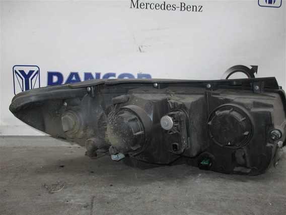 FAR STANGA Hyundai Santa-Fe diesel 2007 - Poza 2