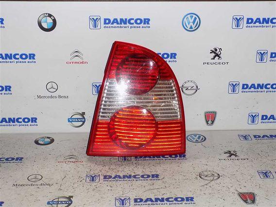 LAMPA DREAPTA SPATE Volkswagen Passat 2003 - Poza 1