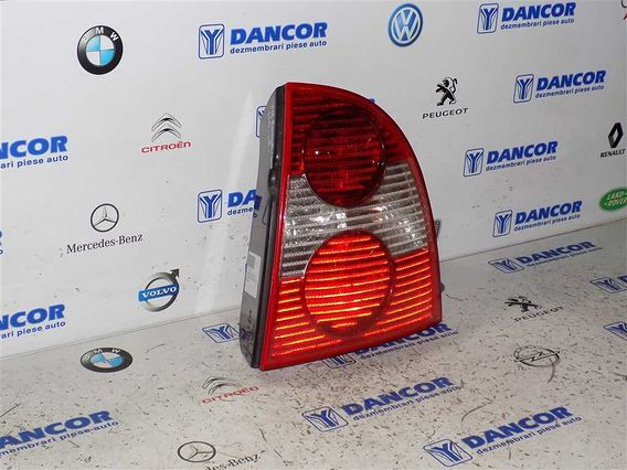 LAMPA DREAPTA SPATE Volkswagen Passat 2003 - Poza 2