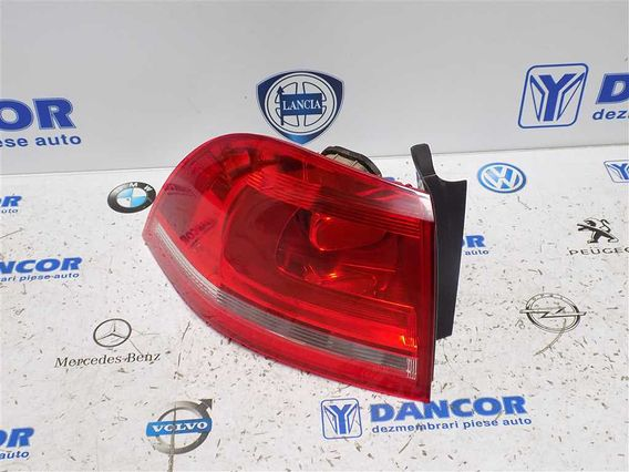 LAMPA STANGA SPATE Volkswagen Touareg diesel 2010 - Poza 2
