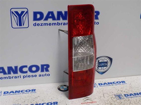 LAMPA DREAPTA SPATE Ford Transit 2008 - Poza 3