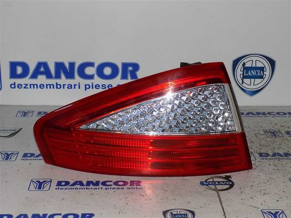 LAMPA STANGA SPATE Ford Mondeo IV 2008 - Poza 1