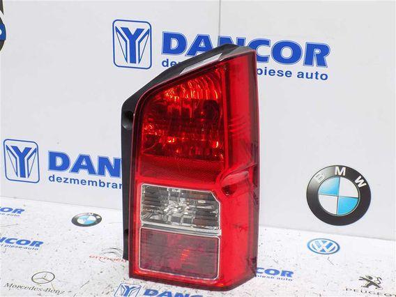 LAMPA DREAPTA SPATE Nissan Pathfinder 2007 - Poza 2