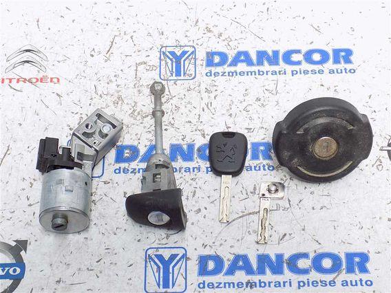 SET CONTACT COMPLET Peugeot 308 benzina 2008 - Poza 1