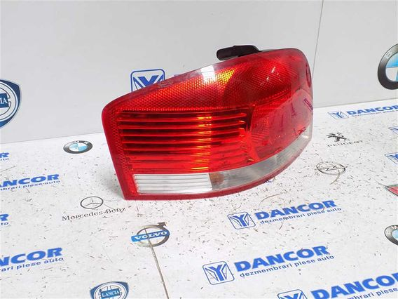 LAMPA STANGA SPATE Audi A3 2006 - Poza 3