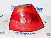 LAMPA DREAPTA SPATE Volkswagen Golf-V 2004