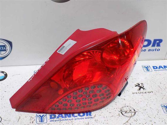LAMPA DREAPTA SPATE Peugeot 207 2008 - Poza 3