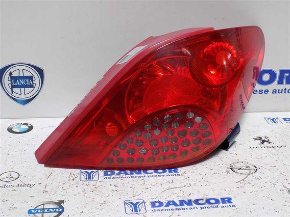 LAMPA DREAPTA SPATE Peugeot 207 2008 - Poza 1