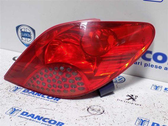 LAMPA DREAPTA SPATE Peugeot 207 2008 - Poza 2