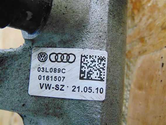 RAMPA INJECTIE Volkswagen Passat diesel 2010 - Poza 2