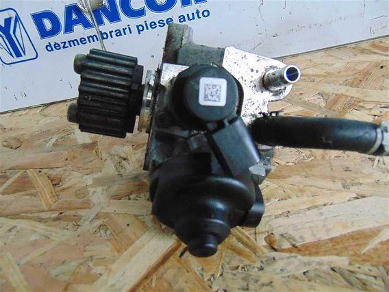 POMPA INJECTIE/INALTE Volkswagen Passat diesel 2010 - Poza 2